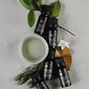a Botany_Essential_Oils_Lifestyle_High_Res_0968